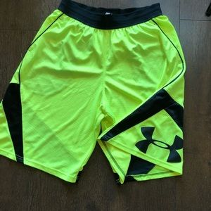 Men's Under Armour Basketball Athletic Shorts L